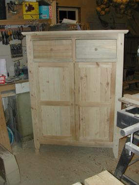 This cupboard was built entirely from salvaged cratewood.