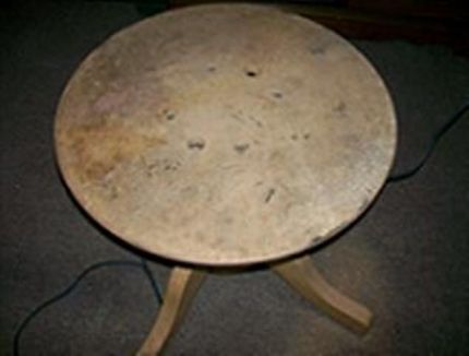 Free pedistal table!