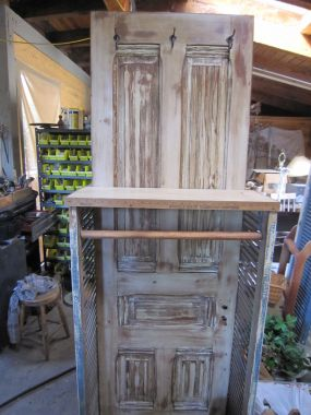 Door Display Clothes Rack Side