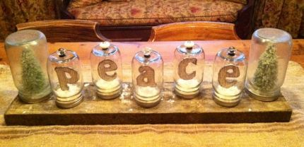 Mason Jar Challenge... Peace on Earth and a Merry JUNKOLIDAY!